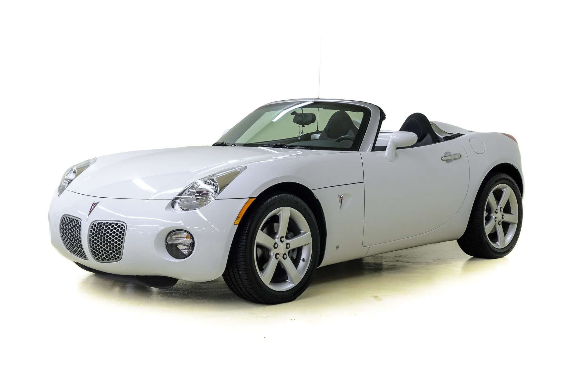 2008 pontiac solstice for sale 69478 mcg. Black Bedroom Furniture Sets. Home Design Ideas