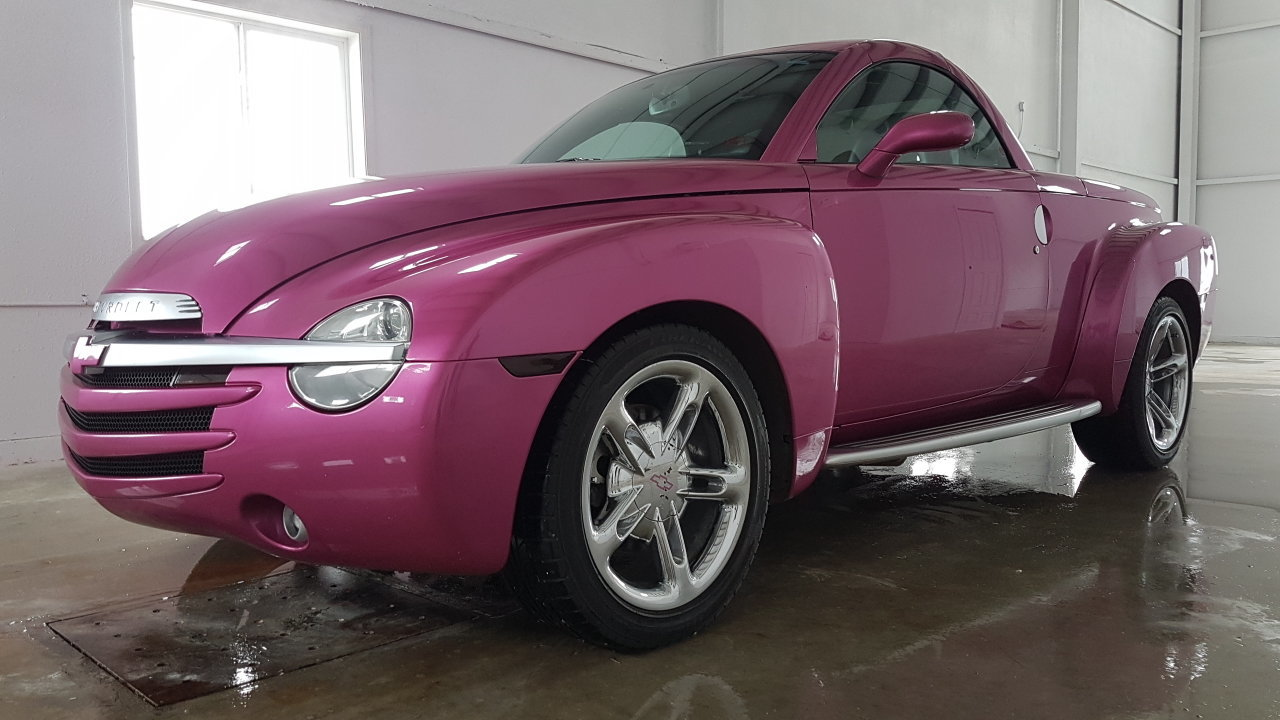 30879e679e18 hd 2004 chevrolet ssr custom painted