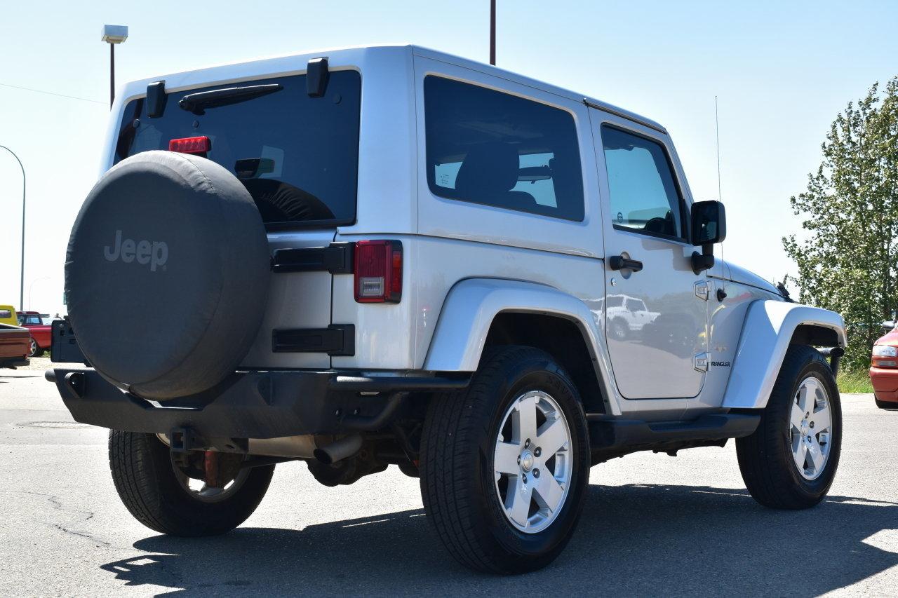 2011 jeep wrangler sahara 2 door 6 speed for sale 93164 mcg. Black Bedroom Furniture Sets. Home Design Ideas
