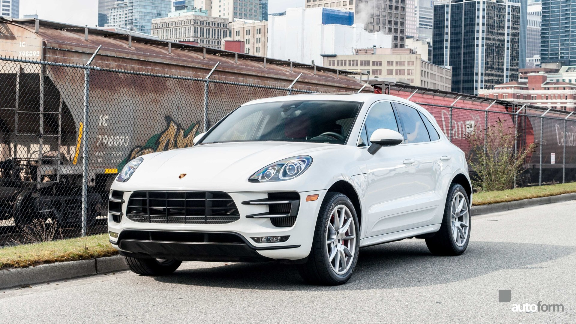 125894155fa1f hd 2015 porsche macan turbo