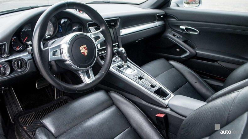 114331e35a943 low res 2013 porsche 911 4s