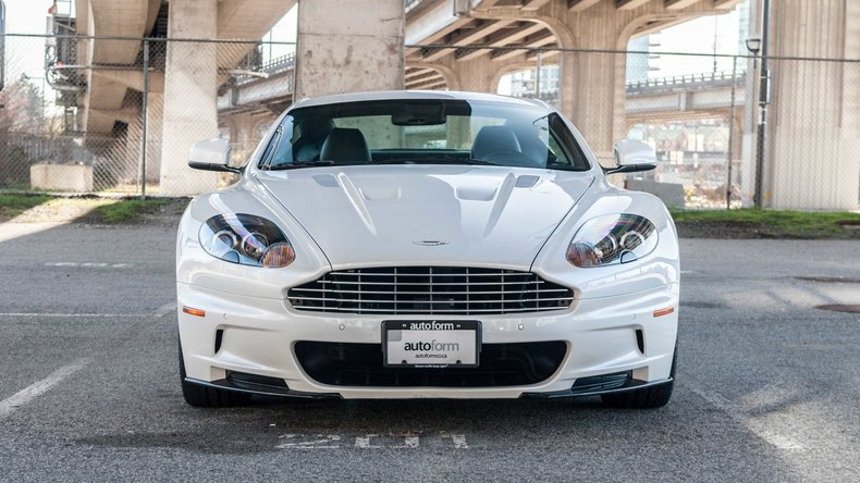 12516bed8bb37 low res 2010 aston martin dbs
