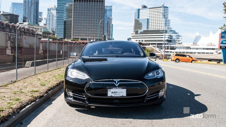 12089a284cafd low res 2014 tesla model s