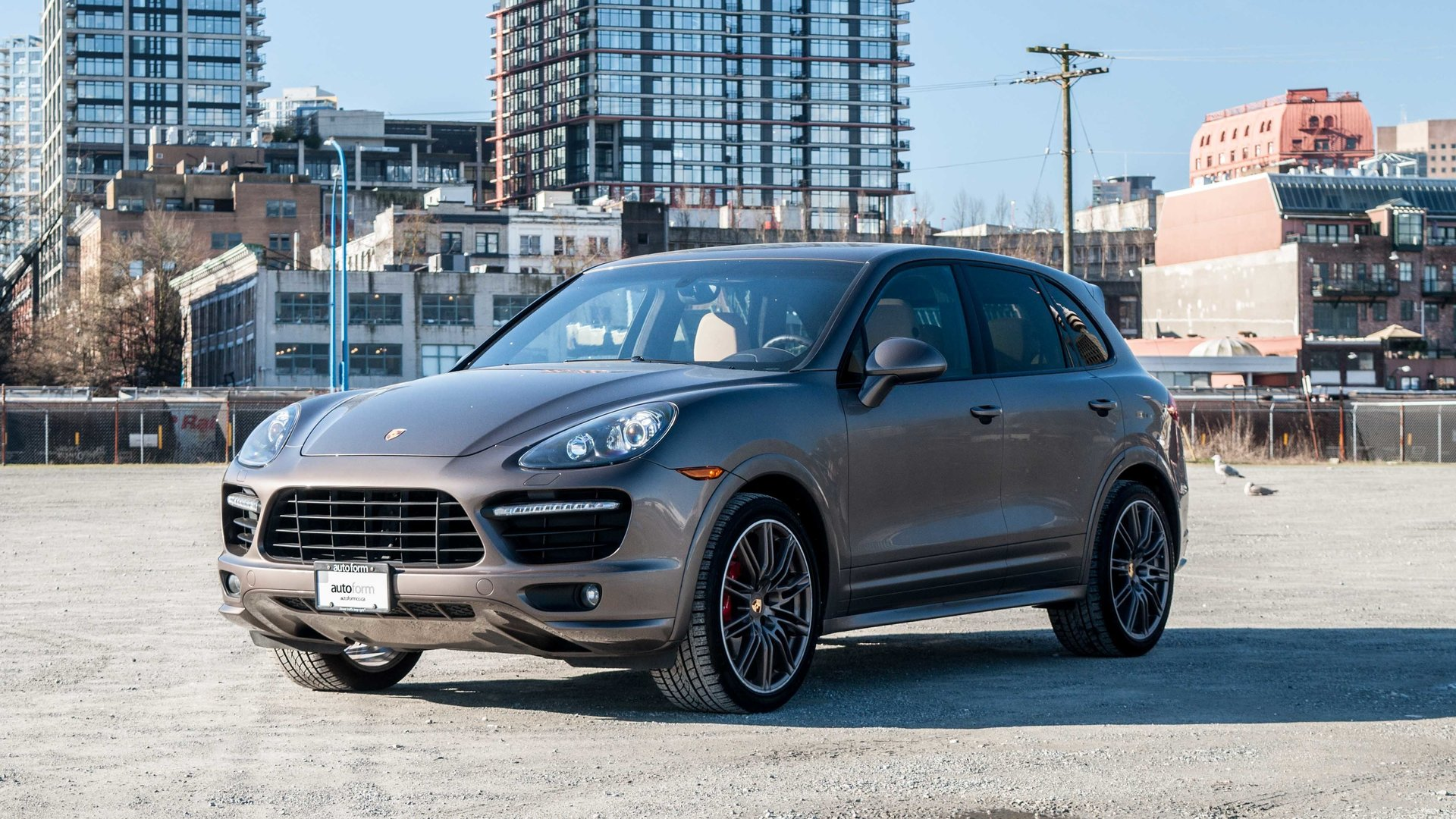 2014 porsche cayenne gts for sale 83570 mcg. Black Bedroom Furniture Sets. Home Design Ideas