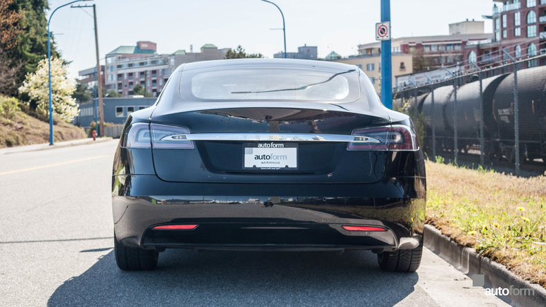 13048e5439bbe low res 2017 tesla model s 90d