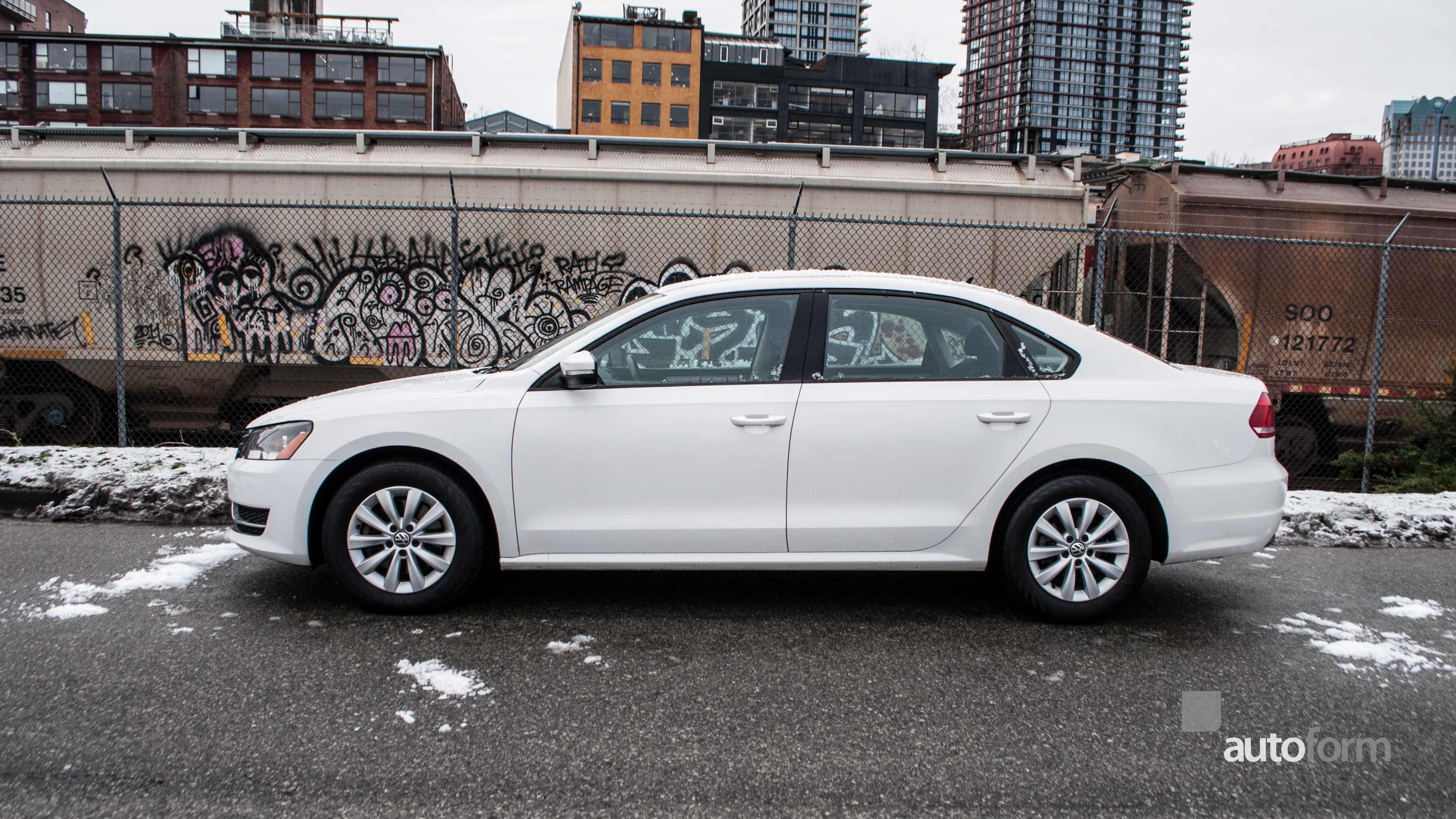 under for sale bloomington passat s original volkswagen htm peoria near il vw new hood tiguan the lease