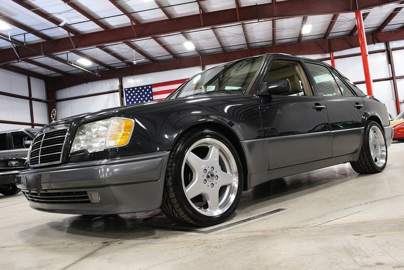 1994 mercedes benz e500 my classic garage for Mercedes benz financial phone number usa