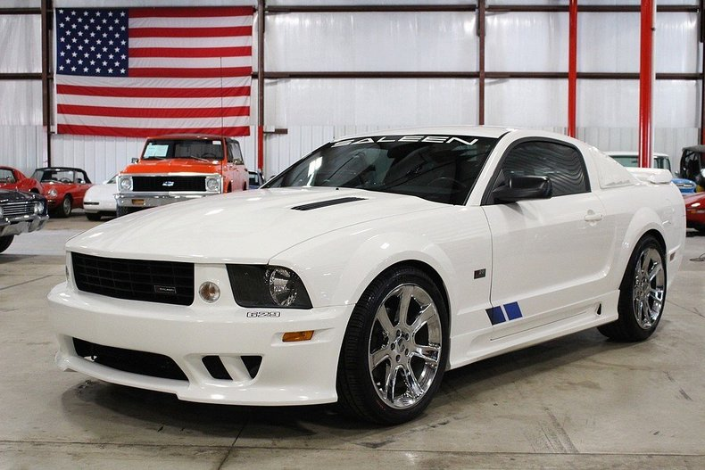 2005 Ford Mustang | GR Auto Gallery