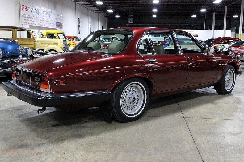 1990 Jaguar XJ12   GR Auto Gallery