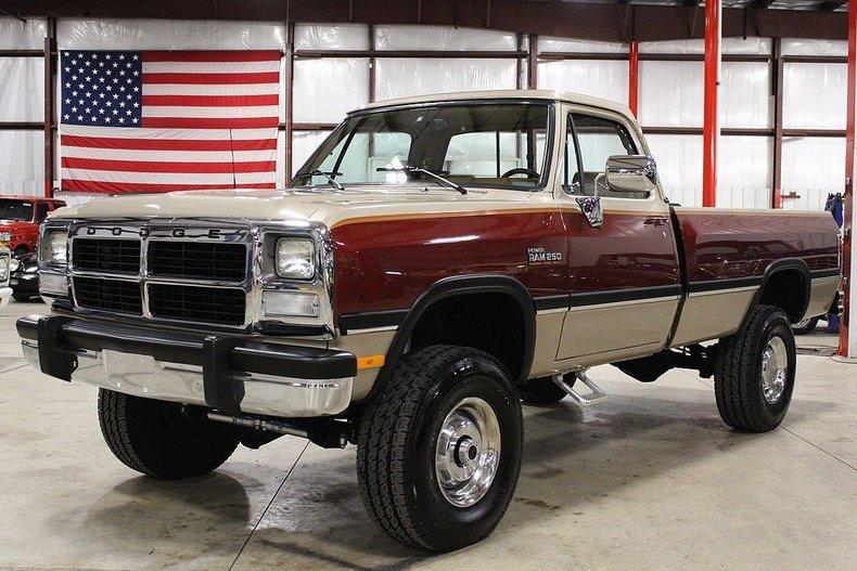 1993 Dodge RAM W250 | GR Auto Gallery