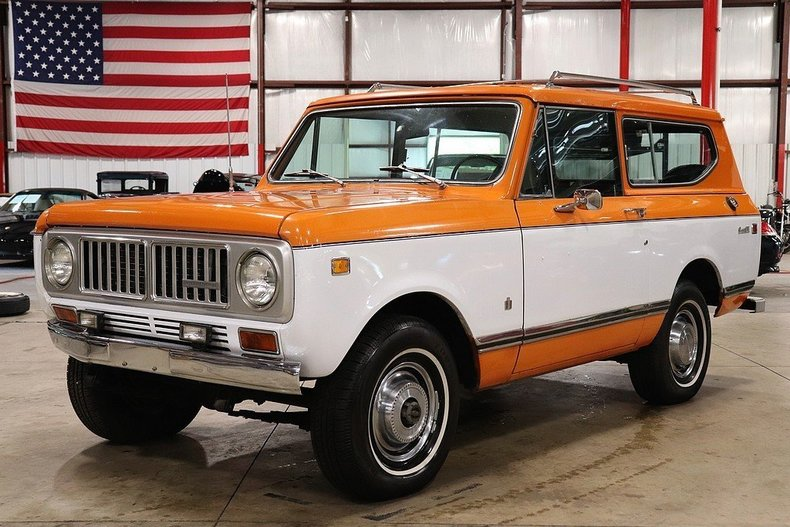 4999596c8d1134 low res 1973 international scout