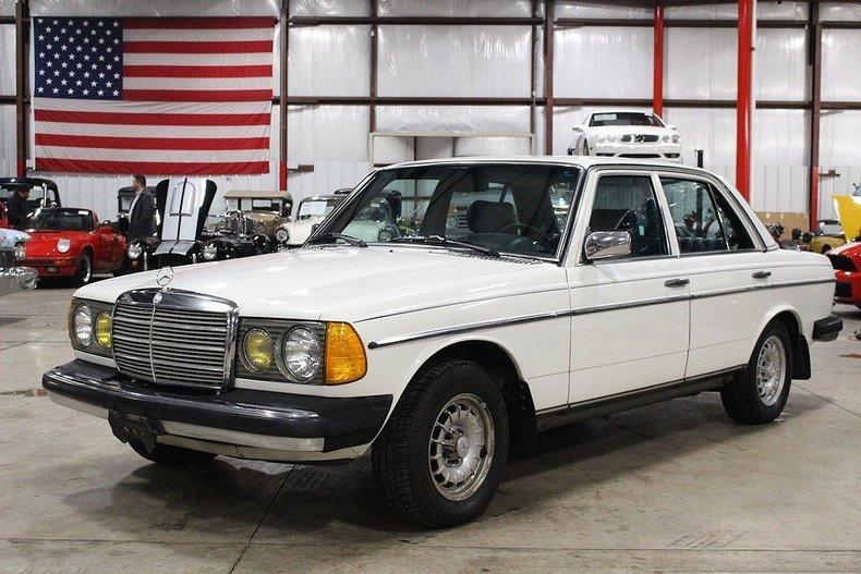 411852192ce7bd low res 1982 mercedes benz 300