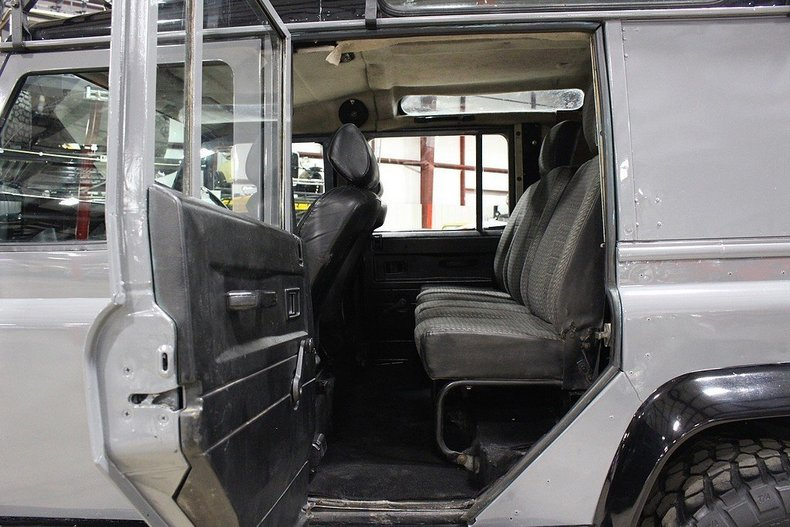 1991 Land Rover Defender --: 1991 Land Rover DEFENDER 110  131882 Miles Gray SUV 2.5L I4 5 Speed Manual