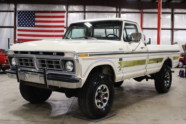 431305a3c37520 low res 1976 ford f250
