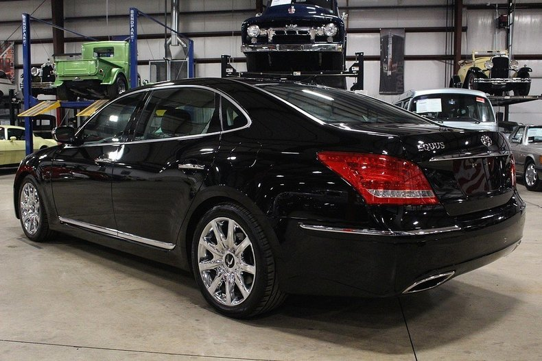 signature owned inventory sedan for equus at used pre drive hyundai wheel available sale rear