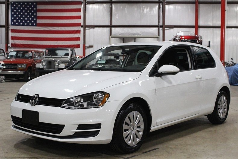 441730b6a503f8 low res 2015 volkswagen golf