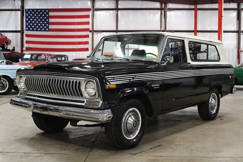 45164470385015 low res 1976 jeep cherokee