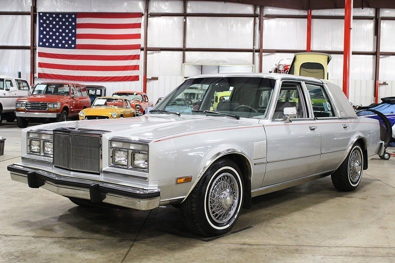 444762eaaf9054 low res 1985 chrysler fifth avenue