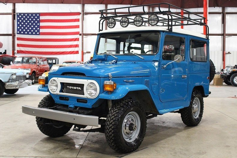 4533212d7ef887 low res 1976 toyota land cruiser