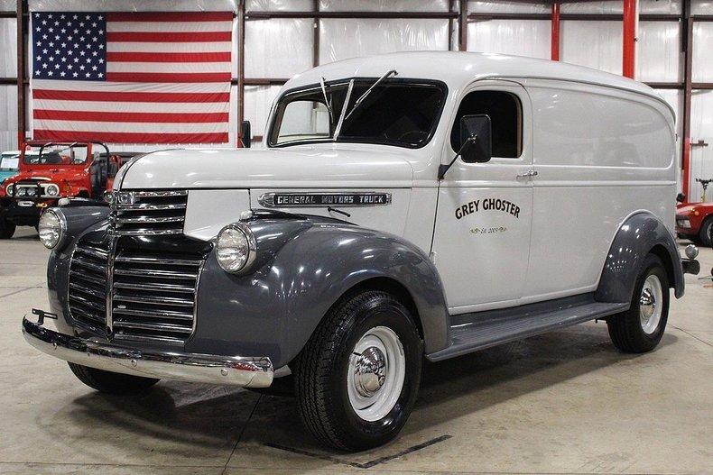 449836ff1878e2 low res 1947 gmc suburban