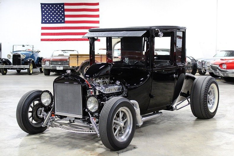 4565241bcd2ff4 low res 1925 ford model t