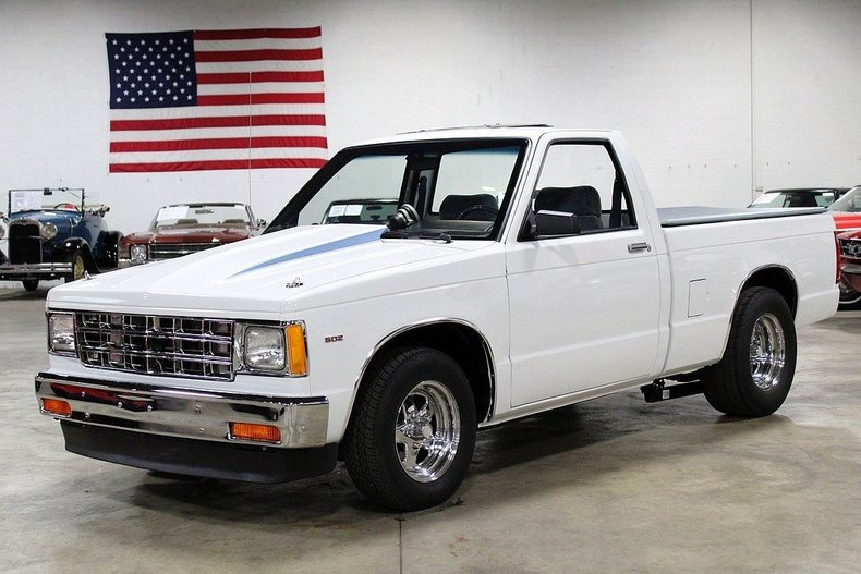 465712609188f3 low res 1986 chevrolet s 10