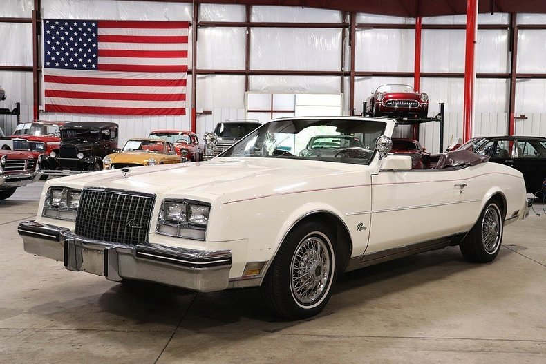 4689946a81d305 low res 1983 buick riviera