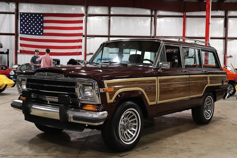 4995643c1a3534 low res 1987 jeep grand wagoneer