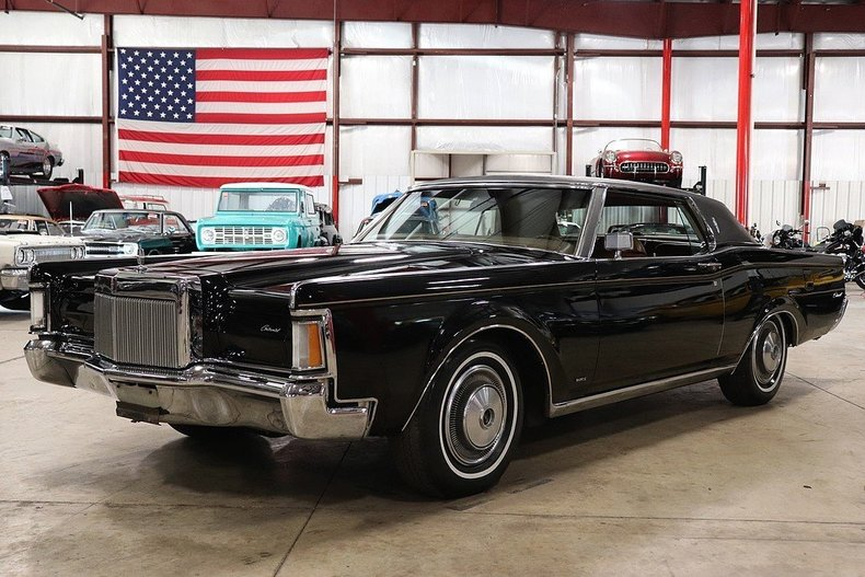 4801738e945d04 low res 1970 lincoln continental mark iii