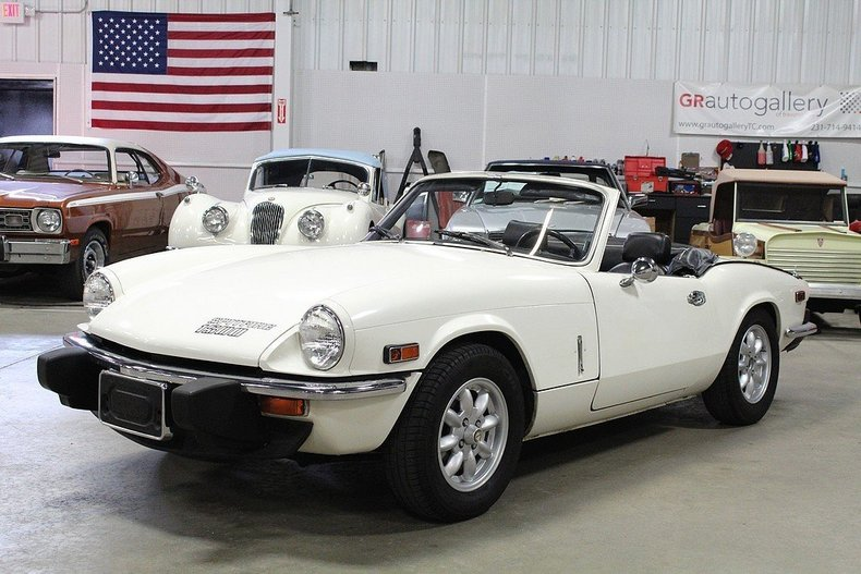 48425769f06843 low res 1976 triumph spitfire