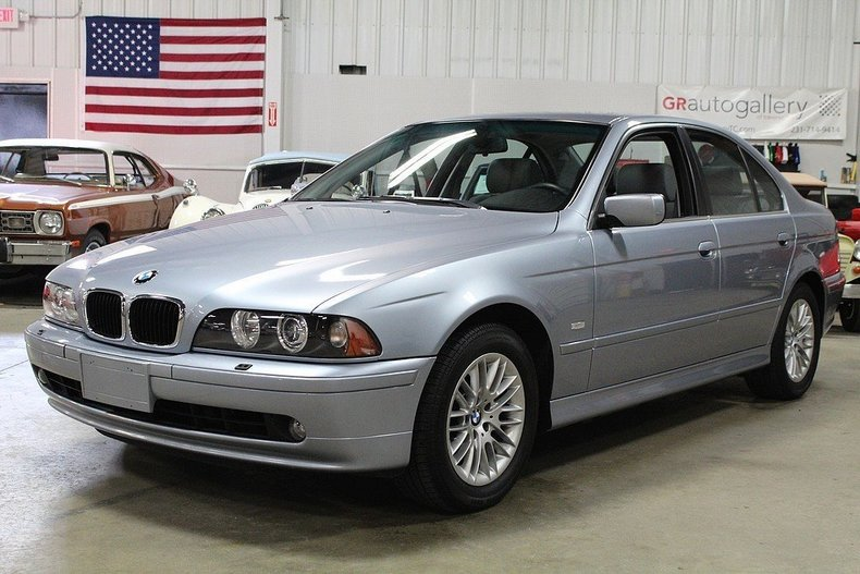 484317a8f90281 low res 2002 bmw 530i