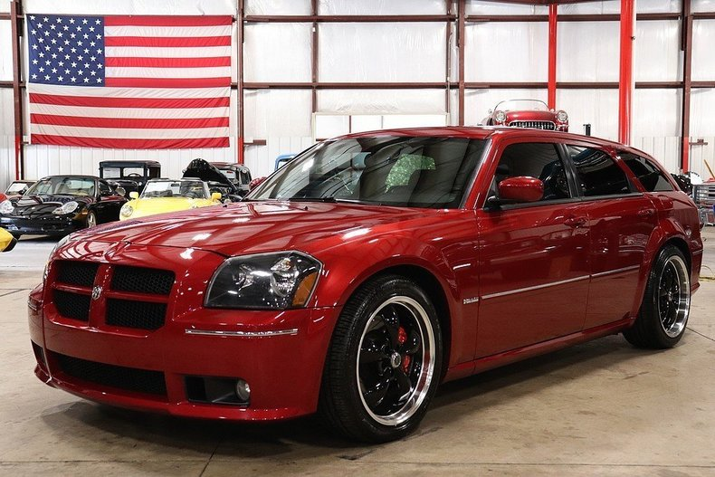 49617746d9d791 low res 2006 dodge magnum