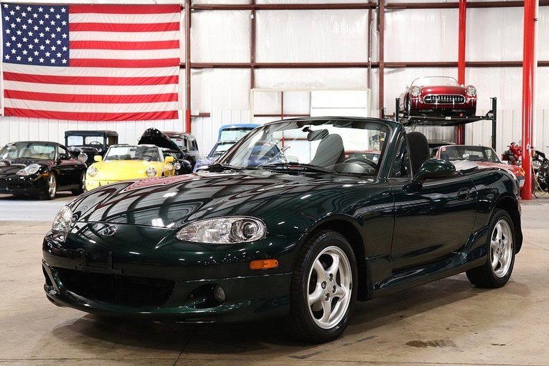 493457a1f4f810 low res 2002 mazda miata