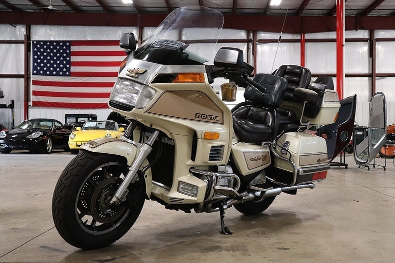49786086ab3e24 low res 1986 honda goldwing gl12