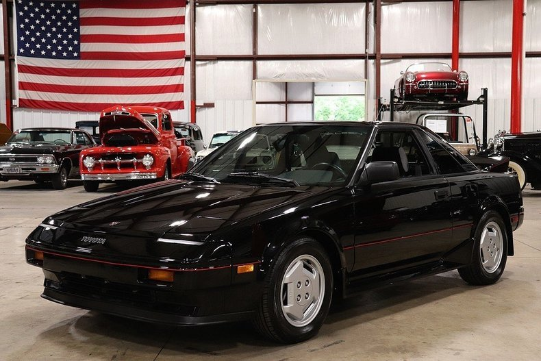 503774104a4408 low res 1986 toyota mr2