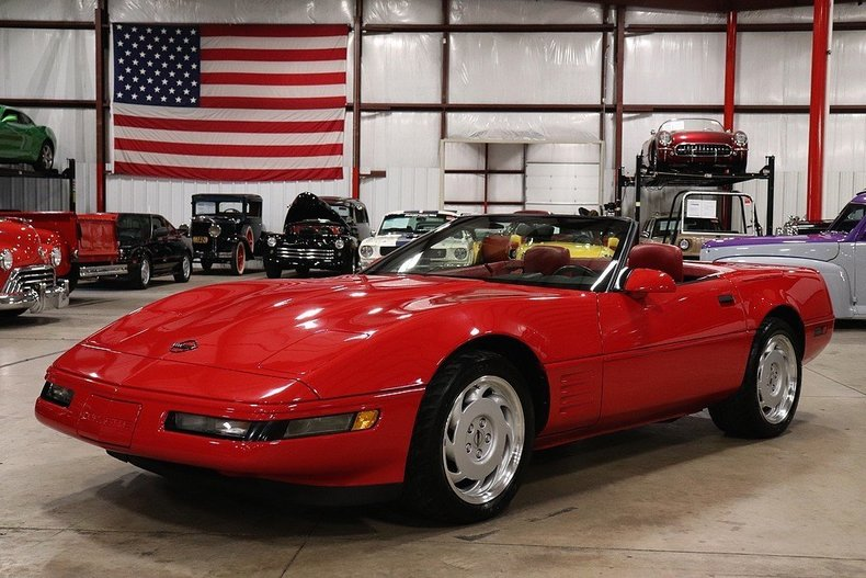 510879a2ec7281 low res 1992 chevrolet corvette