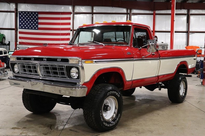 5171567b7e3423 low res 1976 ford f250