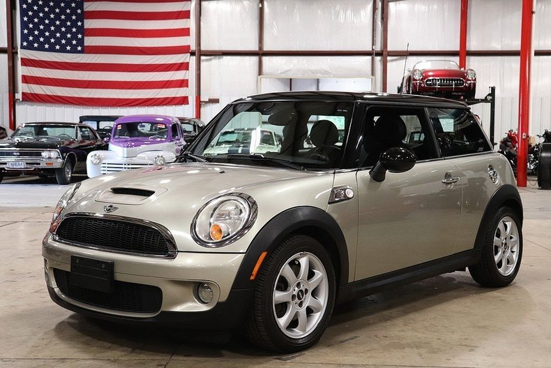 504799a9f4a5e5 low res 2007 mini cooper