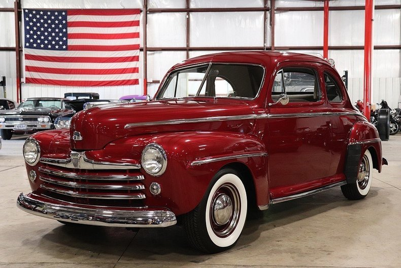 508658e0829a74 low res 1948 ford super deluxe