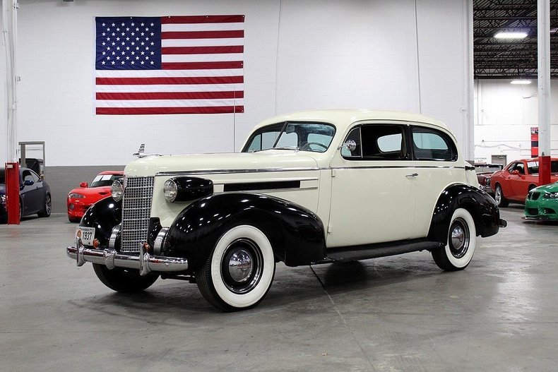 527505fe8b25f8 low res 1937 oldsmobile l 37