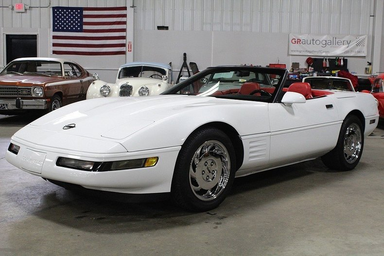 510542b8b51887 low res 1994 chevrolet corvette