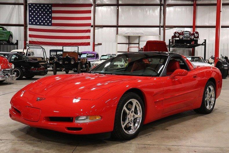 52122680c725a8 low res 2000 chevrolet corvette
