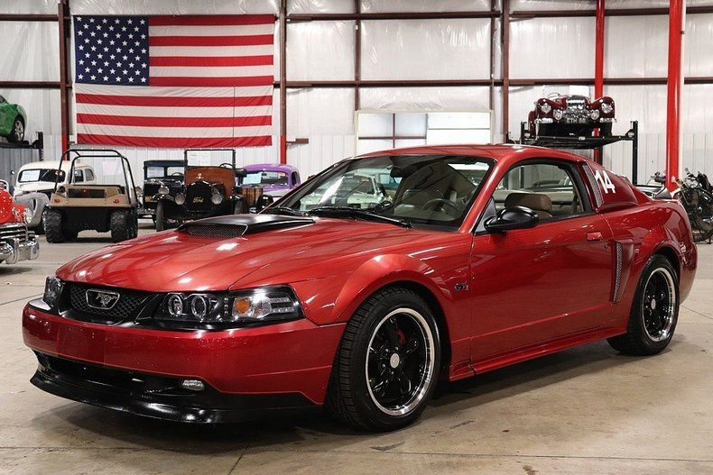 521123368506f7 low res 2000 ford mustang