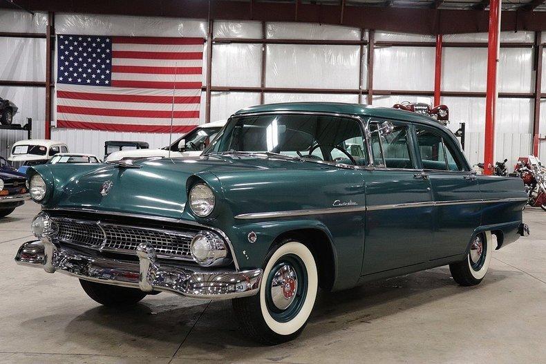 52862515e69b05 low res 1955 ford customline