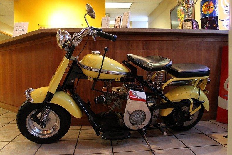 "Grand Rapids Auto Parts >> ""1951 Cushman Eagle Vintage Scooter"" | GR Auto Gallery"