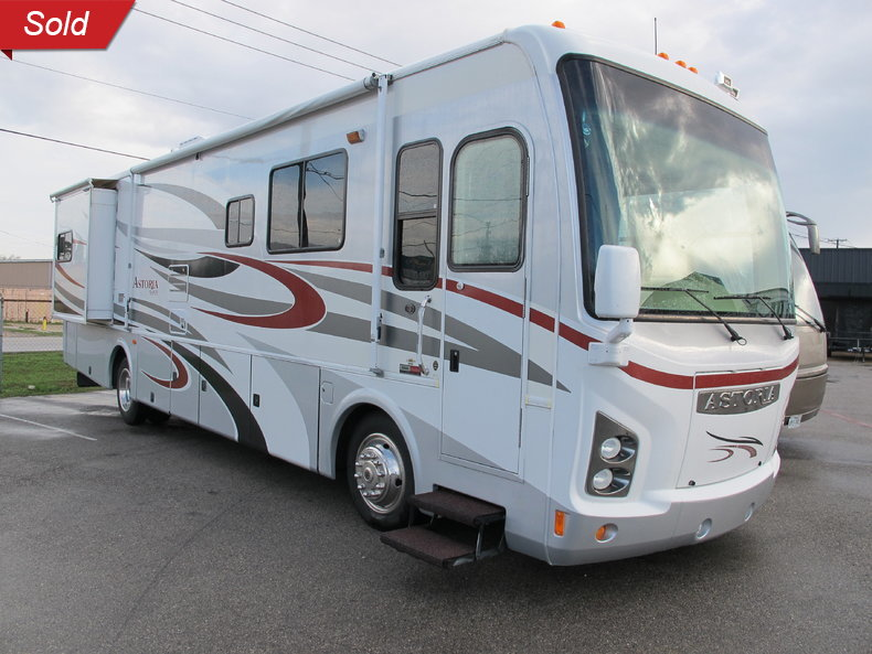 2007  Astoria 3679 Diesel Pusher