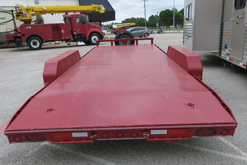 East Texas Trailers Vehicle