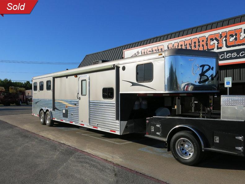 2012 Bison Trail Express Three Horse LQ