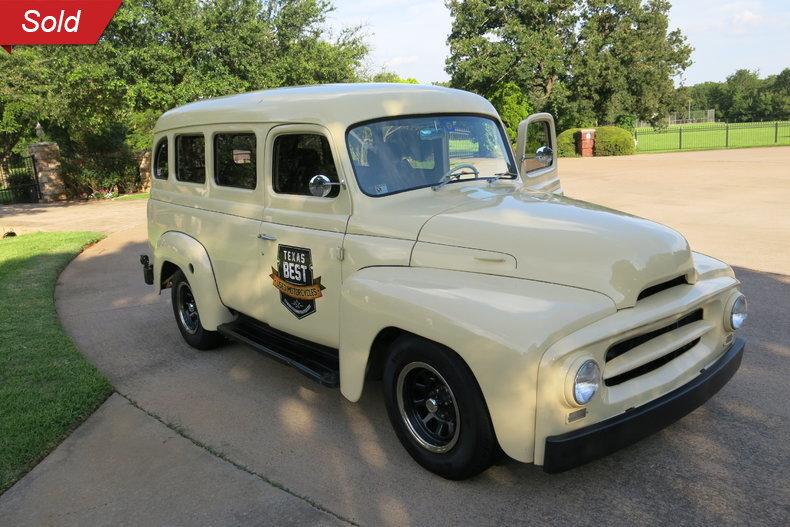 1955 International Travelall Restomod Chevy V-8