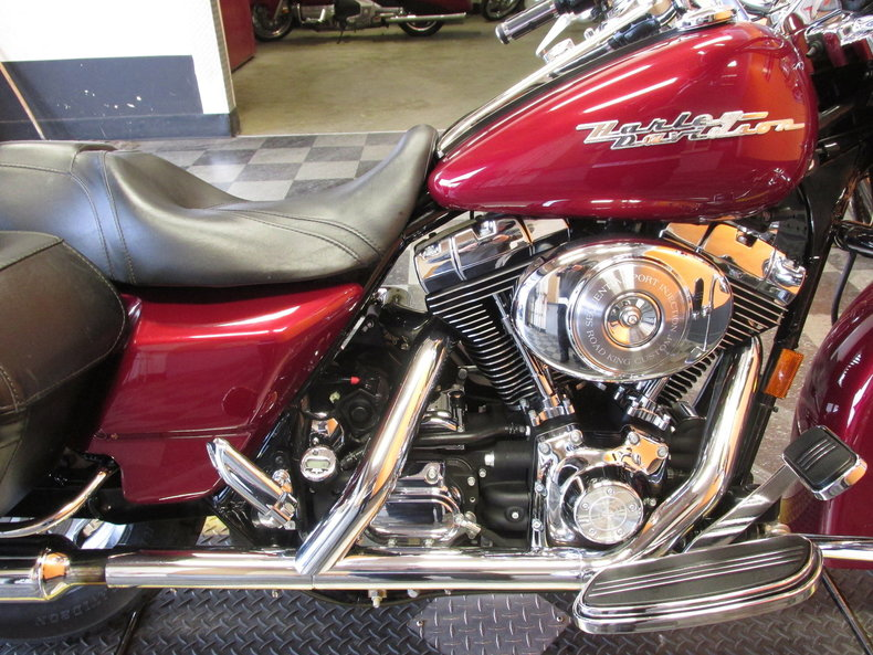 2005 harley davidson road king my classic garage. Black Bedroom Furniture Sets. Home Design Ideas